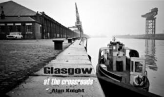 Glasgow<br><i>at the crossroads</i>